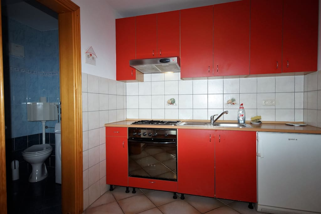 Kitchen, with everything u need for cooking