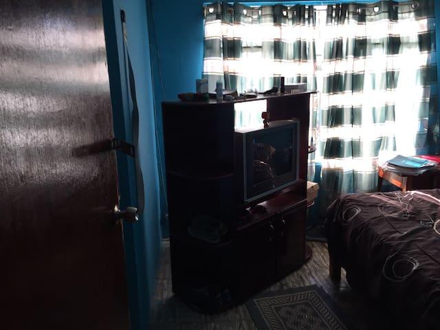 Casa pequeña de amibiente cómodo - San vito - Casa