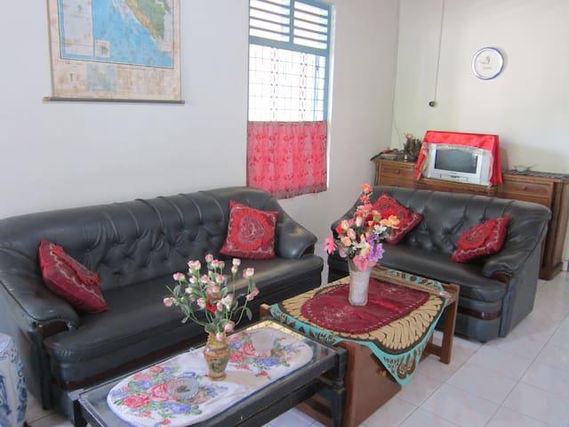 Padang Homestay - Nanggalo - Lejlighed