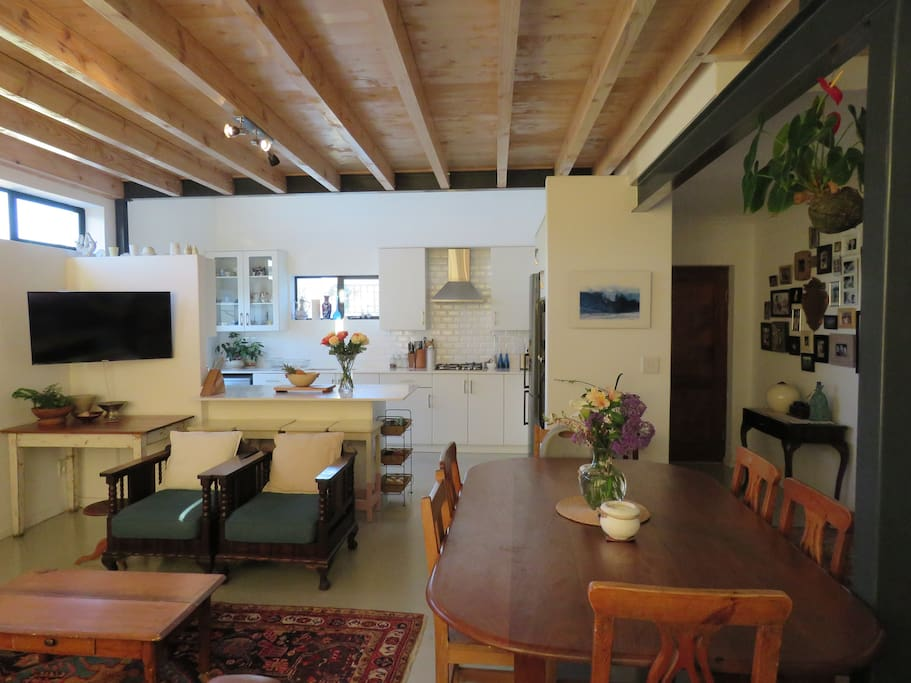 Open plan kitchen, living and dining room area