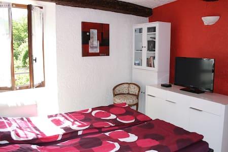 Maison de village - Roquesteron