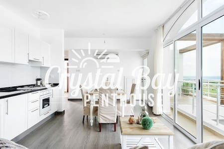 Crystal Bay Penthouse - Holiday living with a view - Gönyeli - Appartement