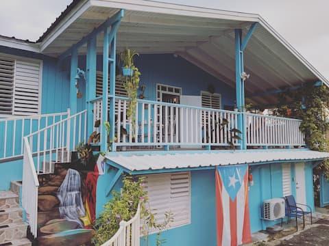 Casa Azul group house: private pool, a/c, wifi.