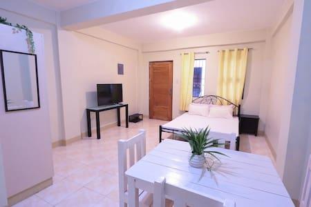 Cozy Studio Apartment stay in Calamba Laguna