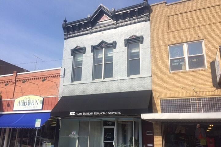 Historic Downtown Apartment - Abilene