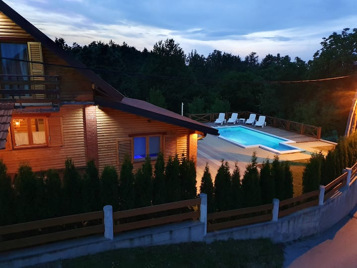 Villa with 3 bedrooms in Gornje Dubrave, with private pool and WiFi