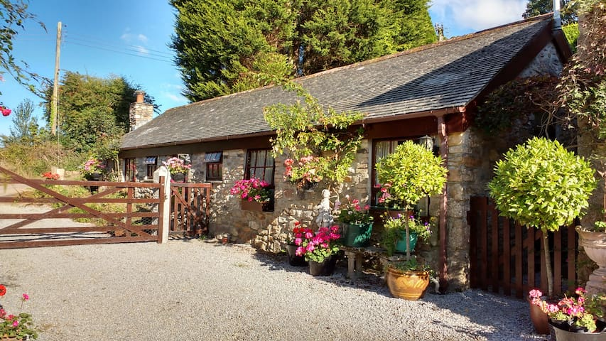 The Stables ,17th Cent. Water Mill - Truro - Bungalov