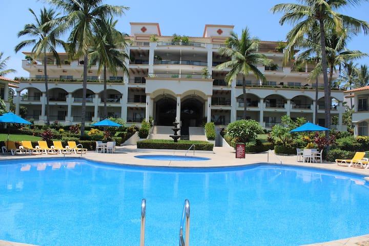 Grand Marina Villas - 3bdrm Apartment