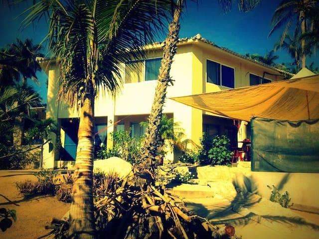 SURFER'S PARADISE@COSTA AZUL, LOS CABOS, MEXICO