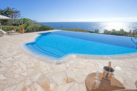 Luxurious first sealine Villa in Cala D`or Serena - Cala Serena - Casa de campo