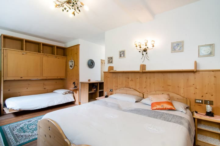 Room for 3 persons in the heart of Cortina - Cortina d'Ampezzo - Bed & Breakfast