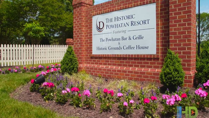 The Historic Powhatan Resort - 1 BR - FRI Check In