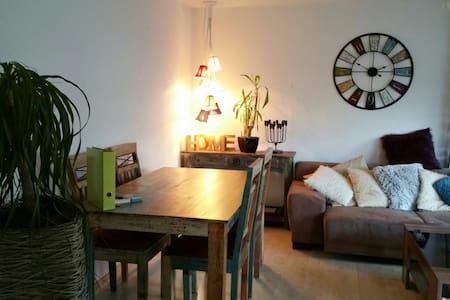 Charmante Wohnung nähe Stuttgart - Leutenbach