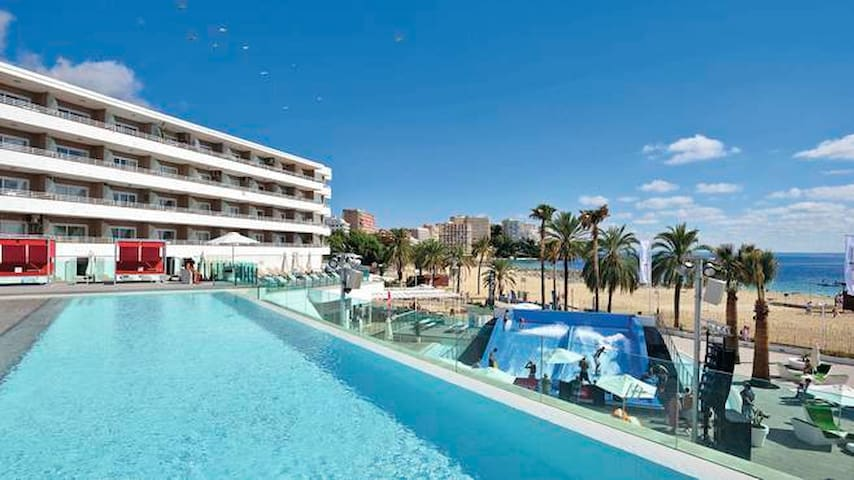 LUXURY STUDIO WAVEHOUSE MAGALUF - Calvià - Kondominium