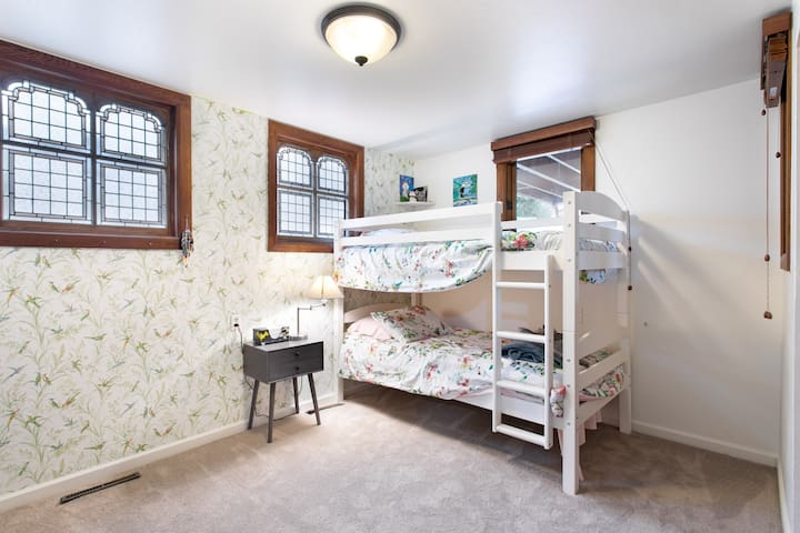 Two-Bedroom in Downtown Boulder