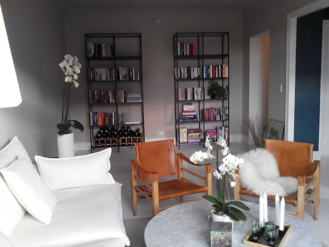 Spacious 122m2 apt. in central CPH