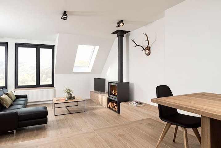 Cosy apartment for 6 people - Büllingen - Byt