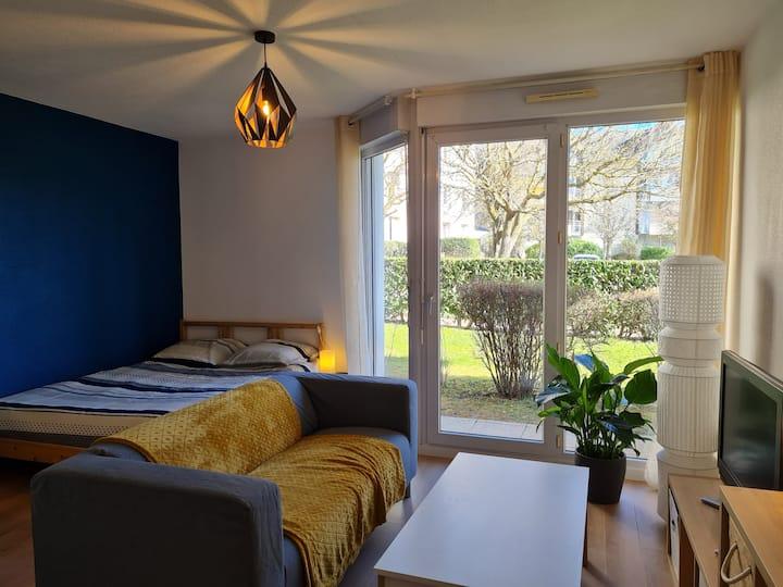 Agréable appartement rénové de 24m2 avec Terrasse