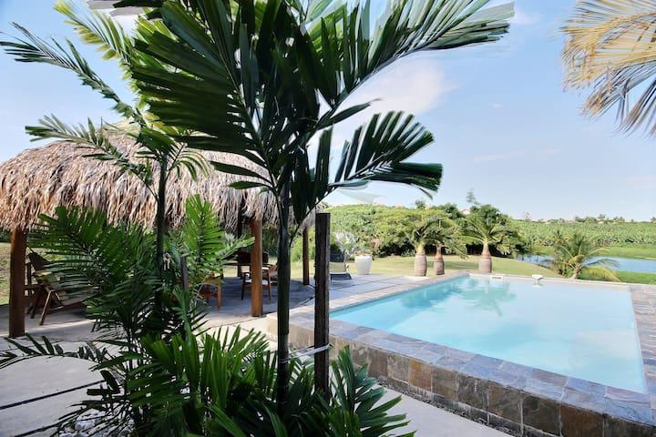Séjour reposant, jardin, piscine, idéal kitesurf