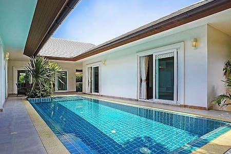 THTHHPAT402 - 3 Bedroom villa with swimming pool - Muang Pattaya - Vila