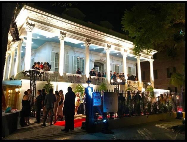 Historic Mansion in the Garden District