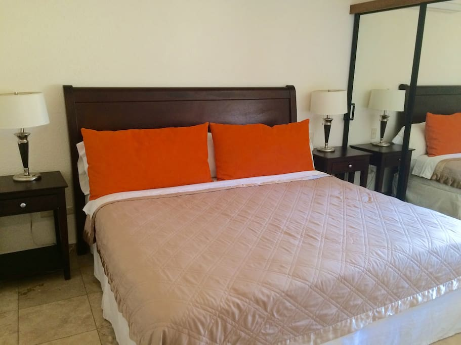 2 Bed 2 Bath Condo In Hotel Zone Apartments For Rent In San Jos Del Cabo Baja California