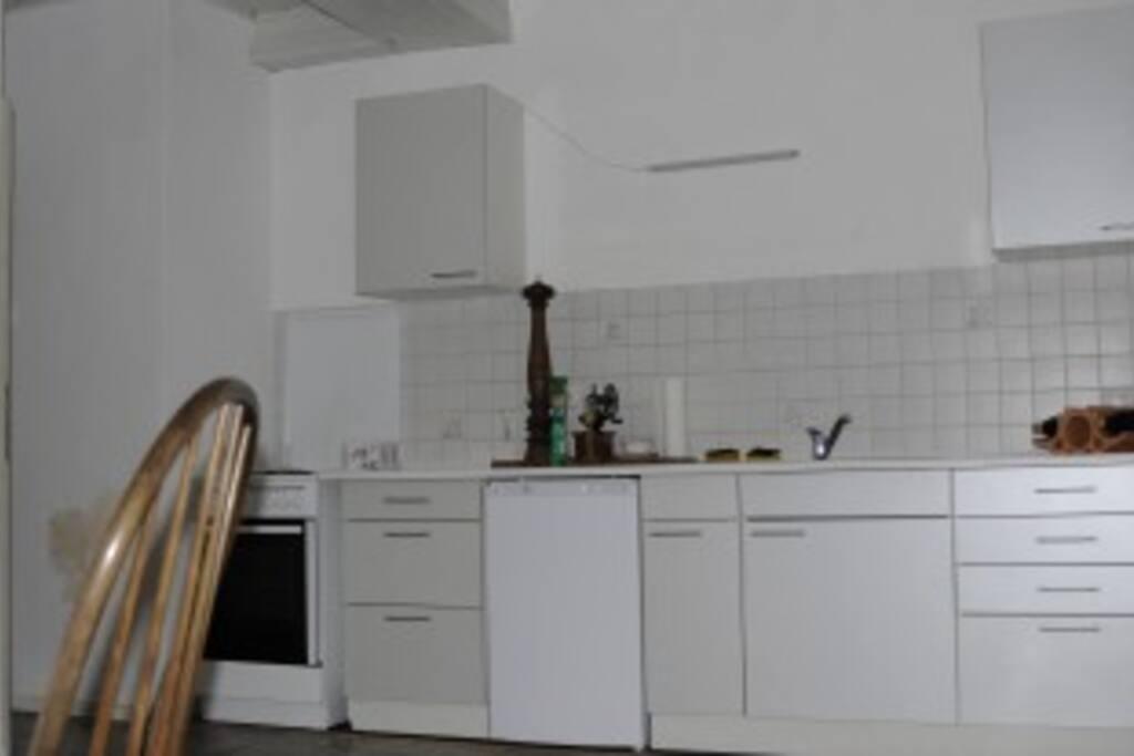 Große Wohnküche  für Selbstversorger