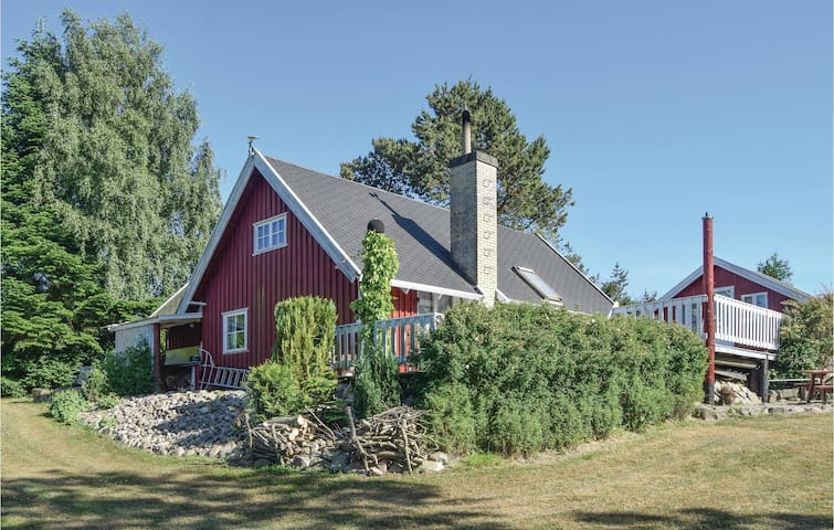 Holiday cottage with 3 bedrooms on 71m² in Humble