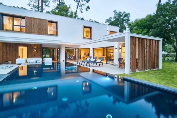 Splendide villa - piscine chauffée