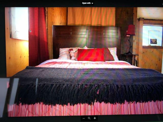 Sunderland Ranch Guest Barn - Cowboy Room