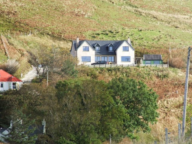 Suilven Elgol Isle of Skye Bed & Breakfast