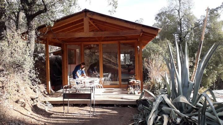 Encantadora cabaña en el arrayan