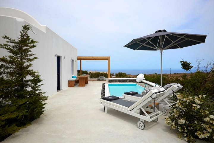 Ammos, One Bedroom Villa, Private Pool & Sea View