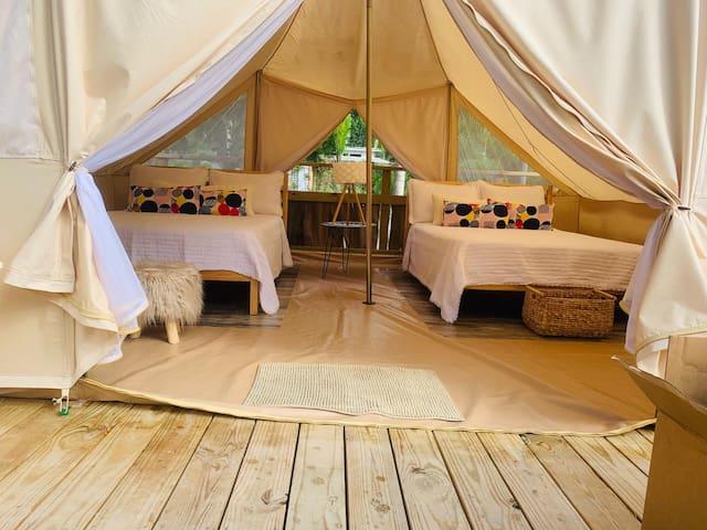 Acamping Tent by Hacienda Tres Casitas for 4 and 2