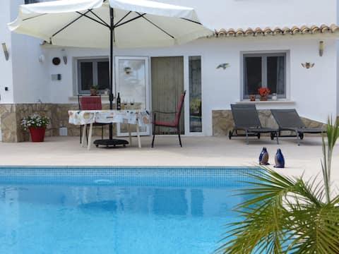 Moraira spacious apartment with private pool