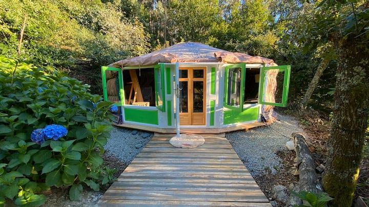 Panoramic Yurt 🥑 - NaturViana naturismo