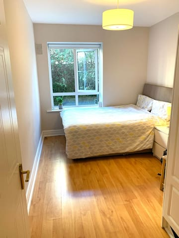 Cozy Double Bedroom close to City Centre
