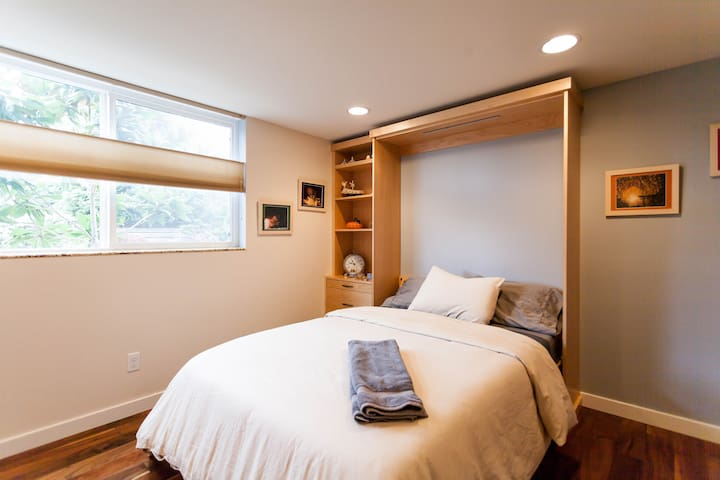 New, Bright, Modern in W. Seattle - Seattle - Rumah
