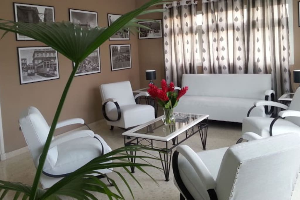 50 39 s decor casa fully equipped 6 br houses for rent in for Fully decorated homes