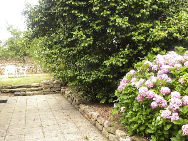 Studio avec jardin commun - Guingamp
