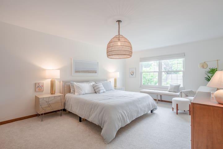 Earthy master bedroom with King memory foam mattress