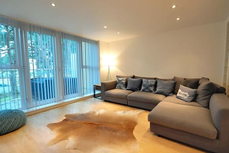 4 Red Sails - Poole - Townhouse