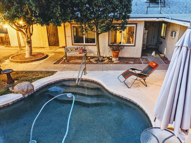 1BR/1BA Guesthouse | Biltmore | Pool is open 🏖