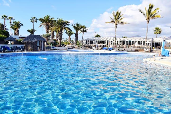 Las Brisas Villa 104, at the heart of Playa Blanca