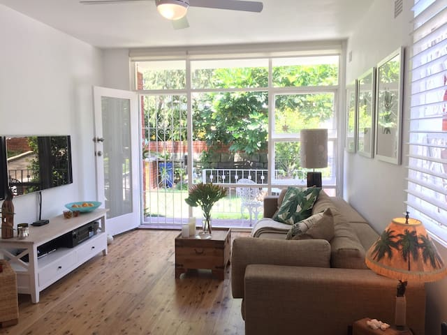 Urban Chic Living close to Manly Beach - Fairlight - Apartmen