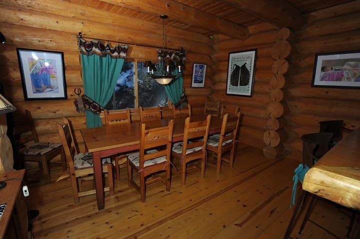 Longhorn Chalet - Taos Ski Valley - Hus