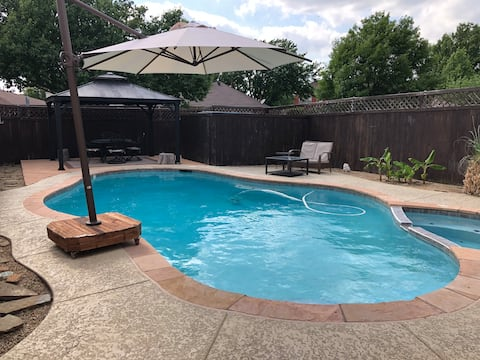 Lewisville -Home Away From Home - Pool/Spa Retreat