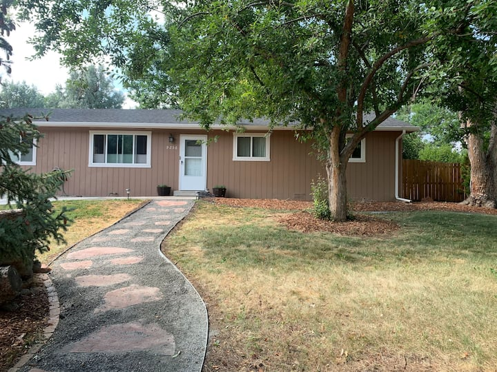 NEW: Boulder home - lots of space, quiet, privacy