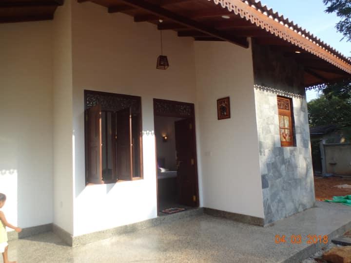 Ambawattha Villa - 1 bed, kitchen & fiber WIFI