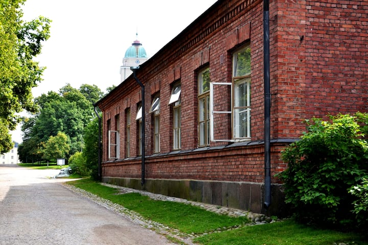 Quadruple Room with Shared Bathroom in Suomenlinna